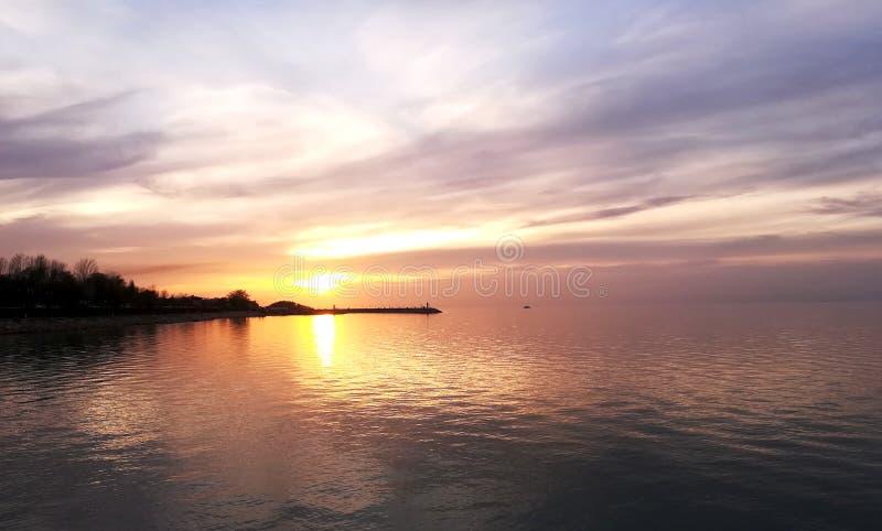 Взгляд захода солнца на Van Озере стоковая фотография rf