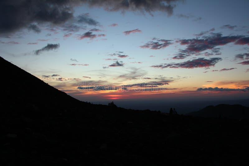 Взгляд захода солнца Telica вулкана bal Никарагуа ³ Сан Cristà вулкана стоковые фотографии rf