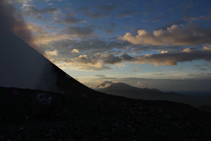 Взгляд захода солнца Telica вулкана bal Никарагуа ³ Сан Cristà вулкана стоковая фотография rf