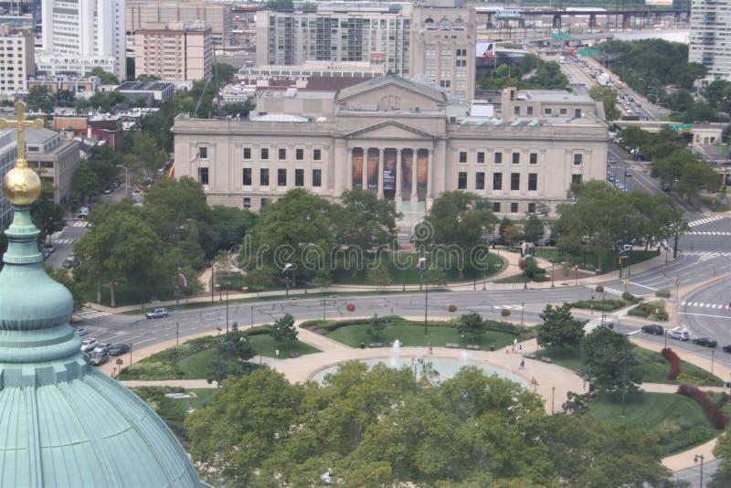 Взгляд института Франклин сделал в честь Бенджамина Франклина в Филадельфии, Пенсильвании, США стоковые изображения