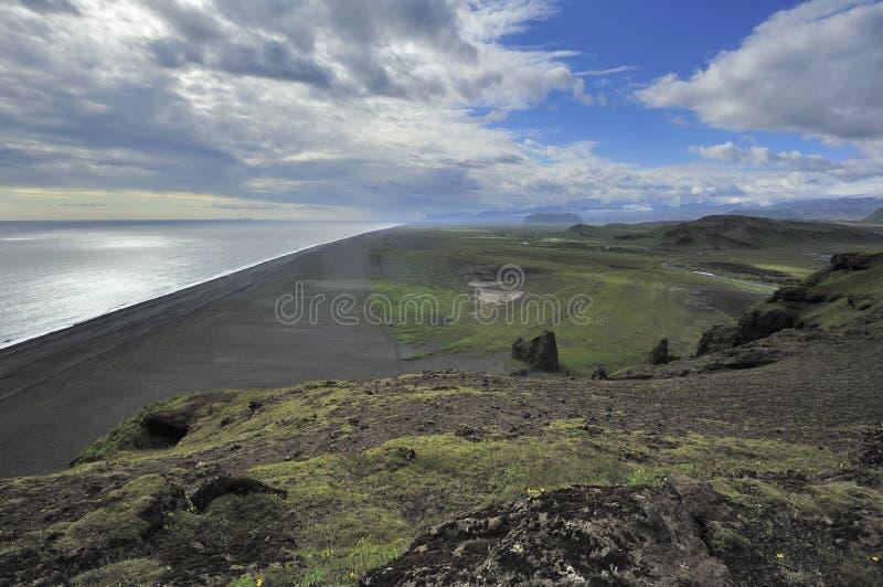 взгляд Исландии dyrholaey свободного полета южный стоковое изображение