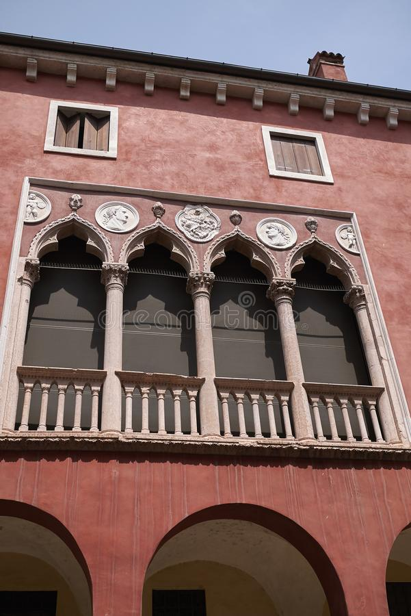 Взгляд исторического здания в Виченца стоковое фото