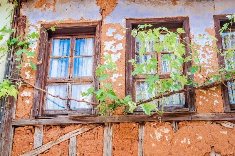 Взгляд исторической популярной деревни Cumalikizik в Бурсе стоковое фото rf