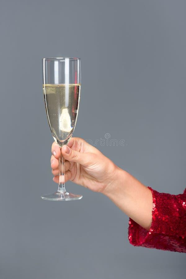 как держать бокал с шампанским фото алкоголика