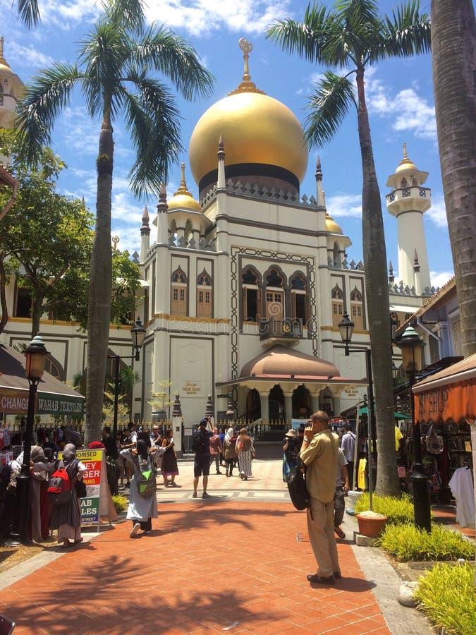 Взгляд красивой мечети султана Mashjid Сингапура стоковая фотография rf