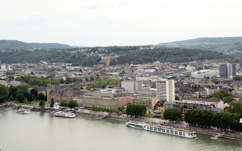 Взгляд к городу Кобленца r стоковая фотография