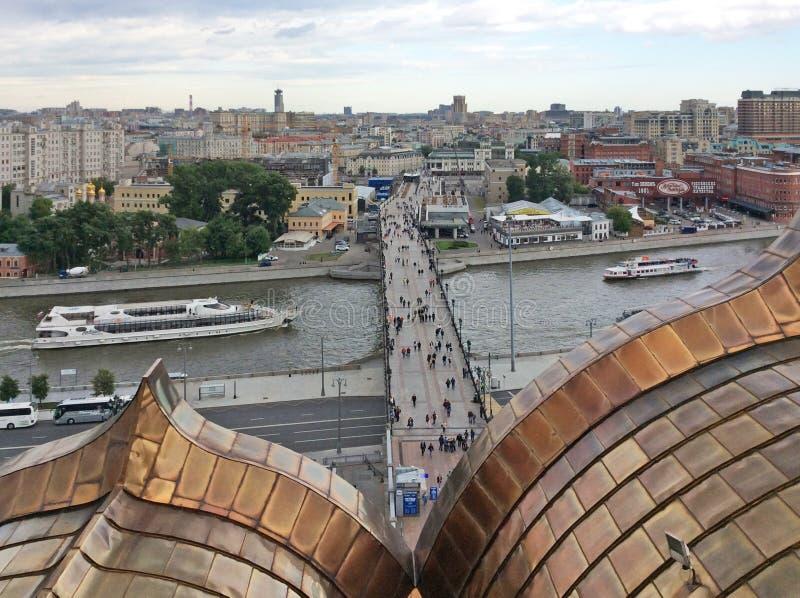 Взгляд к Москве от Христоса колокольня собора спасителя стоковые изображения