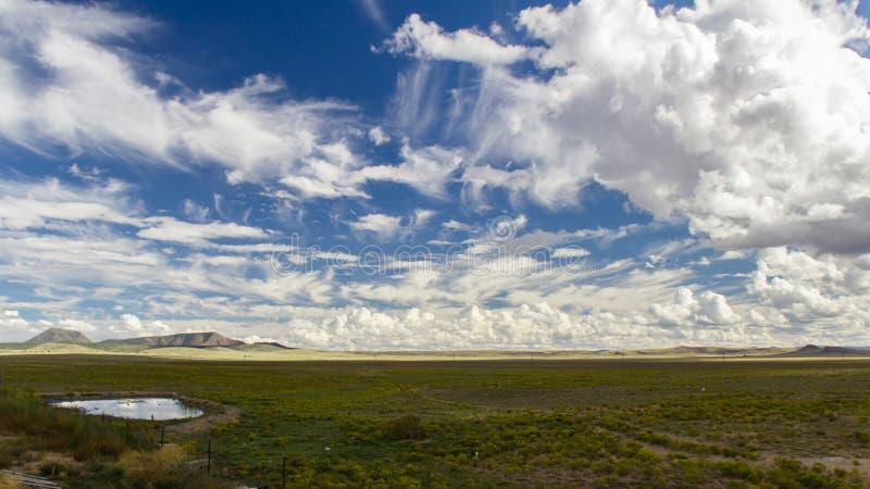 Взгляд ландшафта Аризоны с драматическими облаками стоковое изображение rf