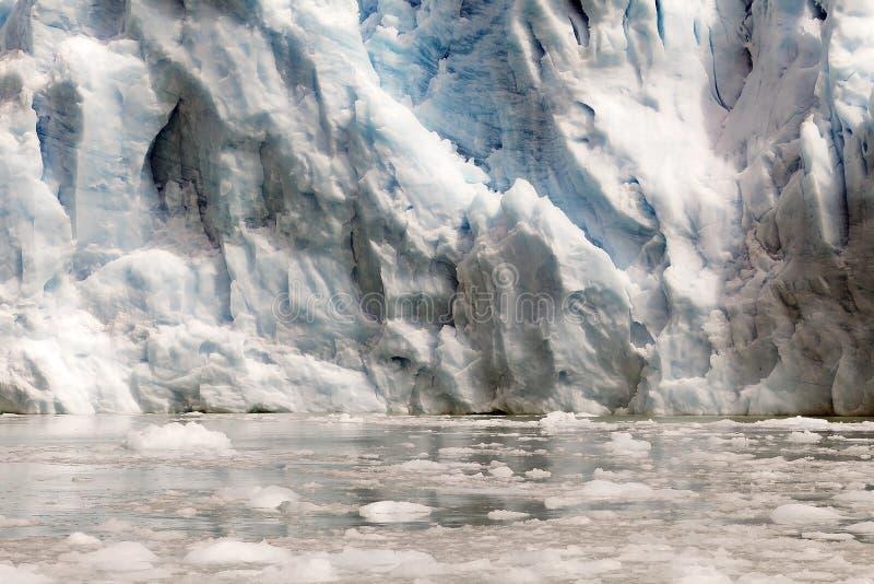 Взгляд ледника Spegazzini от озера Argentino, Аргентины стоковые изображения
