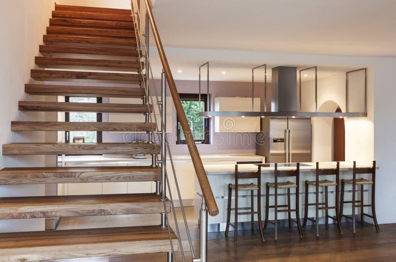 Взгляд лестницы, нутряной стоковое изображение rf