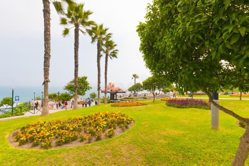 Взгляд Лимы Перу парка влюбленности панорамный стоковые фото