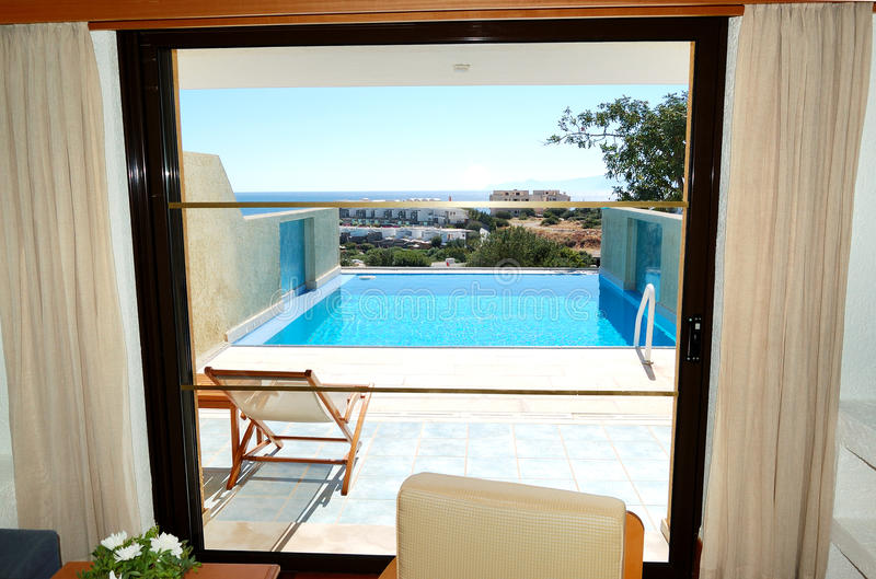 взгляд моря гостиницы квартиры роскошный стоковые изображения rf