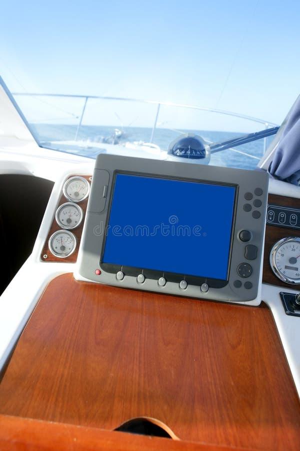 взгляд моря оборудования управления по мостовой схеме шлюпки стоковые изображения rf