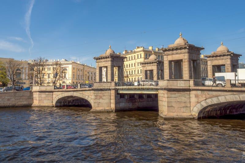 Взгляд моста Lomonosov на реке Fontanka стоковое фото rf