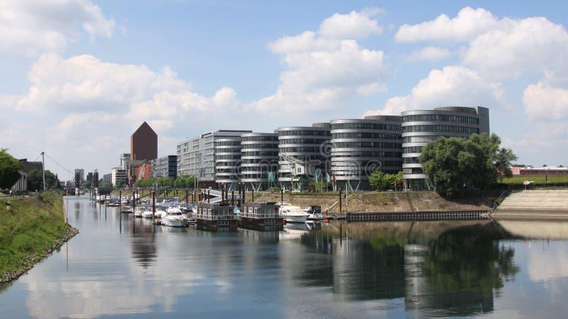 Взгляд на внутренней гавани в Дуйсбурге стоковые изображения rf