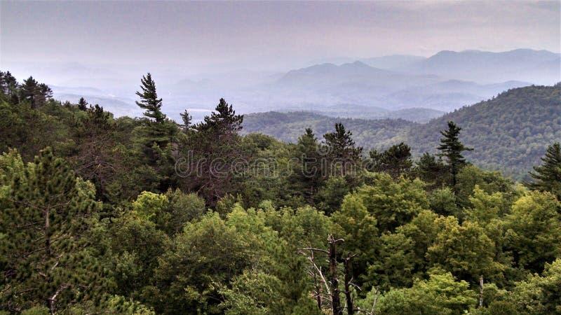 Взгляд на горе Нью-Йорке самогона Poke o стоковые фото