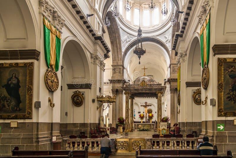 Взгляд на клиросе столичного собора в Гватемале - Гватемале стоковые фото