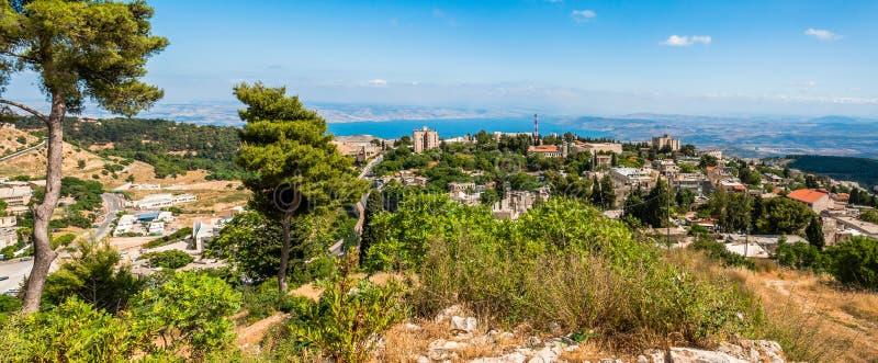 Взгляд на северных природе Галилеи, городском пейзаже Safed и озере Kinneret в Израиле стоковое изображение