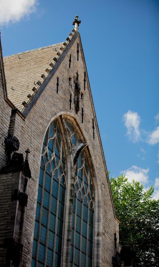 Взгляд на фасаде старой церков в Амстердаме стоковые фотографии rf