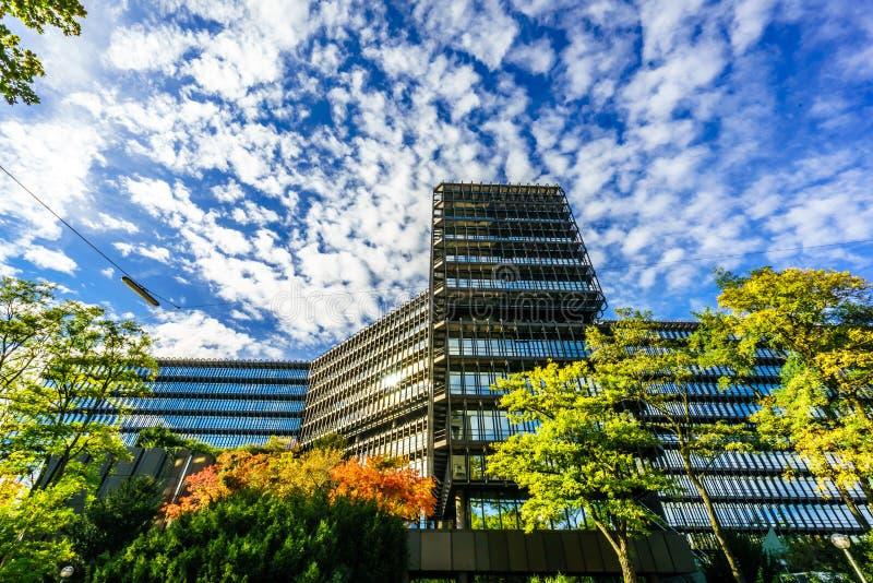 Взгляд на european patent office в Мюнхене Верхняя Бавария, Бавария, Германия, Европа стоковое фото