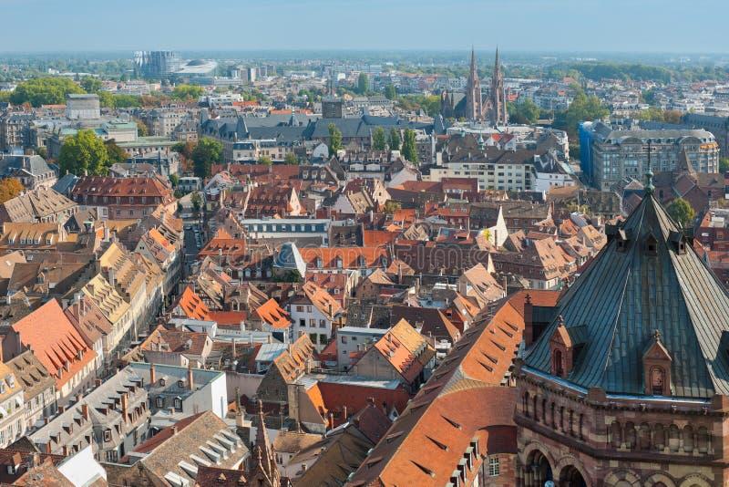 Взгляд на redroofs Страсбург стоковое изображение rf
