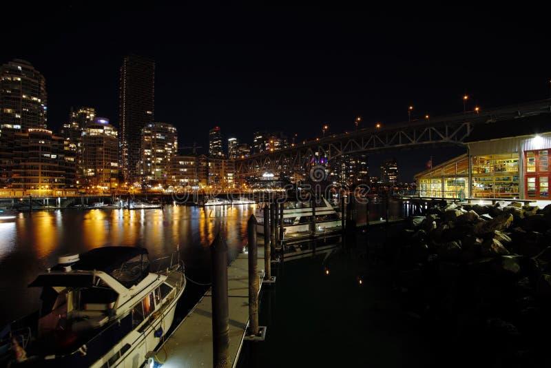 Взгляд ночи моста Granville стоковая фотография rf