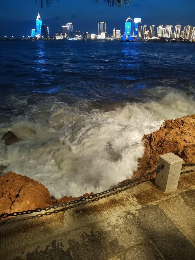 Взгляд ночи музея Qingdao военноморского во-вторых стоковые изображения