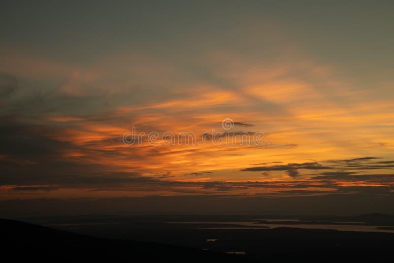 Взгляд от верхней части горы Кадиллака, гавани бара, Мейна, США стоковое фото rf