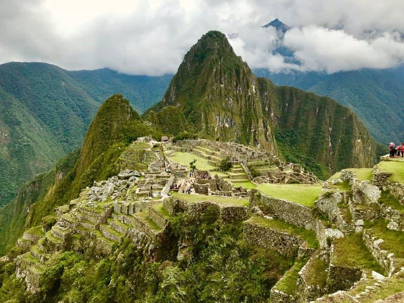 Взгляд от вершины Machu Picchu, Cuzco, Перу стоковая фотография rf