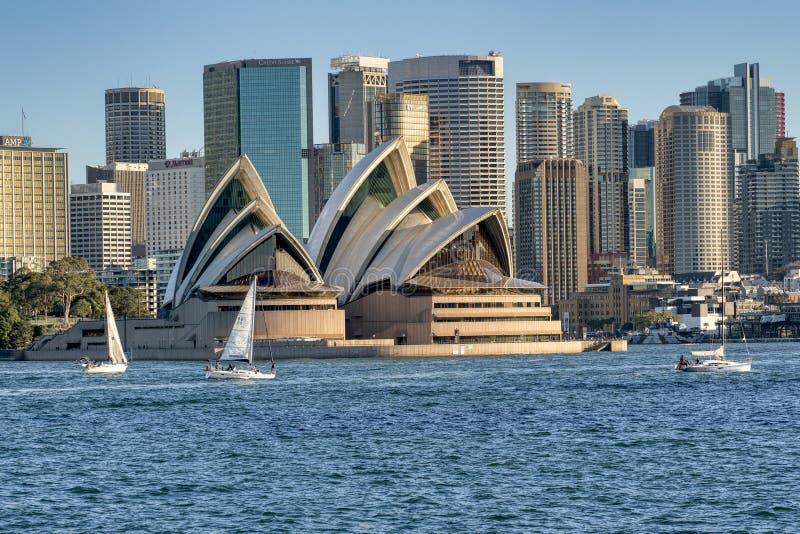 Взгляд от гавани Сиднея стоковые изображения
