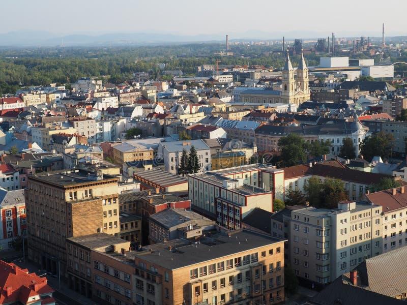 Взгляд от городской ратуши к окружающей Остраве в чехии стоковые фото