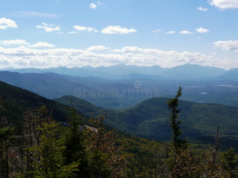 Взгляд от горы Whiteface, гор Adirondack стоковое фото rf