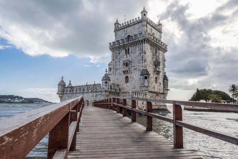 Взгляд от дорожки башни Belem стоковые изображения rf