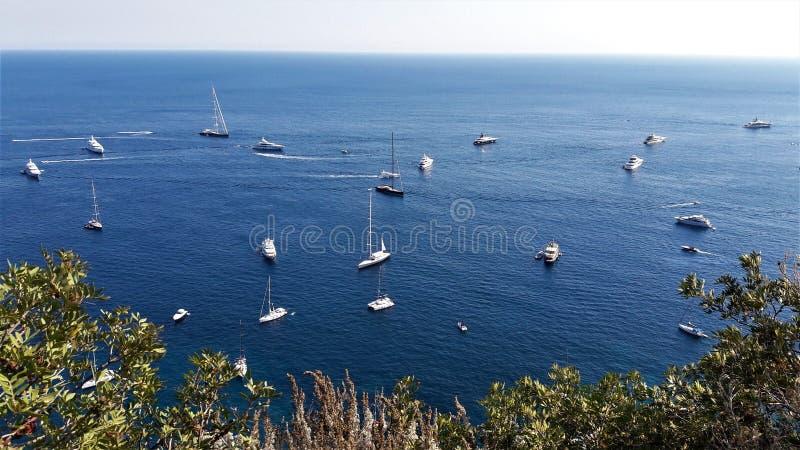 Взгляд от острова Капри Италии стоковые изображения rf