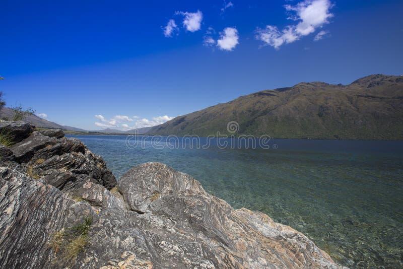 Взгляд от подводного wea  озера HÄ, Новой Зеландии стоковая фотография rf