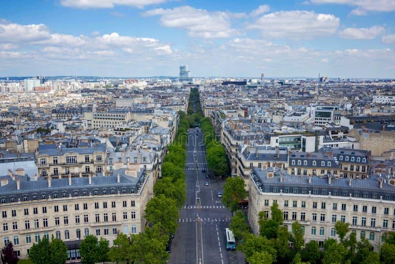 Взгляд от Триумфальной Арки, Парижа, Франции стоковое фото rf