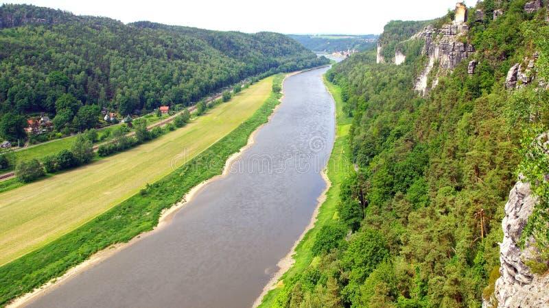 Взгляд от Bastei на реке Elbe, Германии стоковая фотография