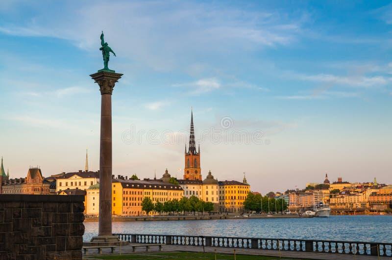 Взгляд памятника Engelbrekt около городской ратуши Стокгольма, Швеции стоковое фото