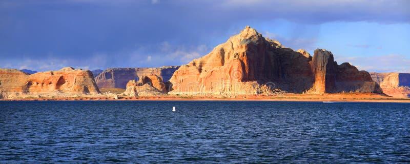 Взгляд Пауэлл озера панорамный стоковая фотография rf