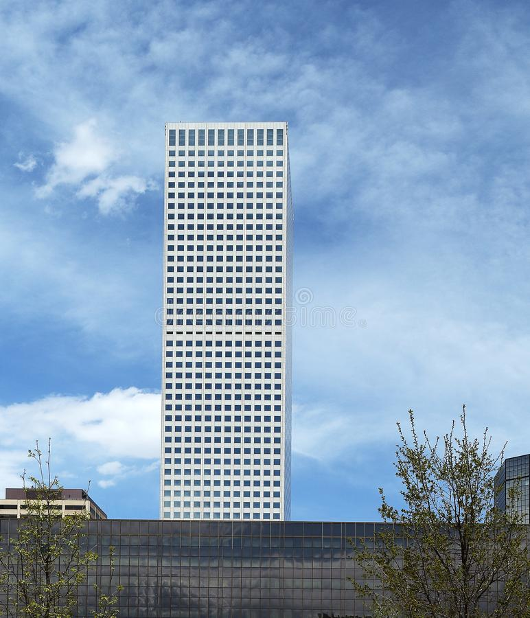 Взгляд площади республики, самое высокорослое здание в Денвер стоковое изображение rf