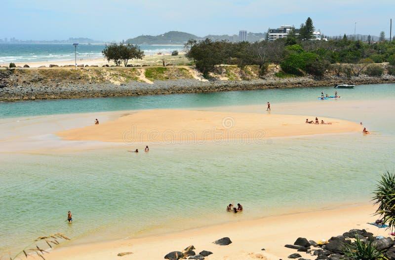 Взгляд пляжа и заводи Tallebudgera на Gold Coast ферзей стоковое фото rf