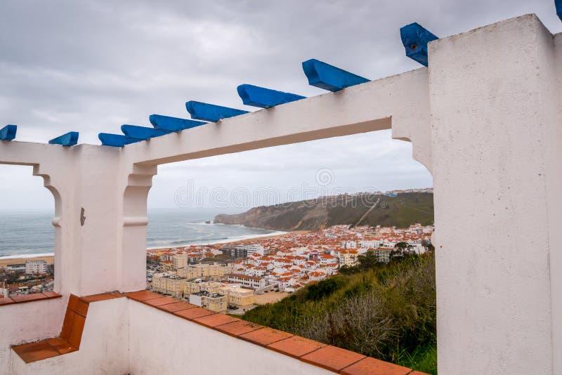 Взгляд пляжа Nazare стоковая фотография rf