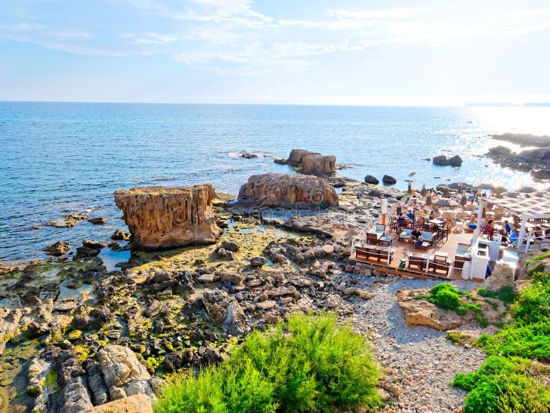 Взгляд побережья и моря в Alghero Сардиния, Италия стоковые фотографии rf