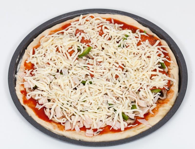 Взгляд подготовки пиццы окончательный стоковая фотография rf