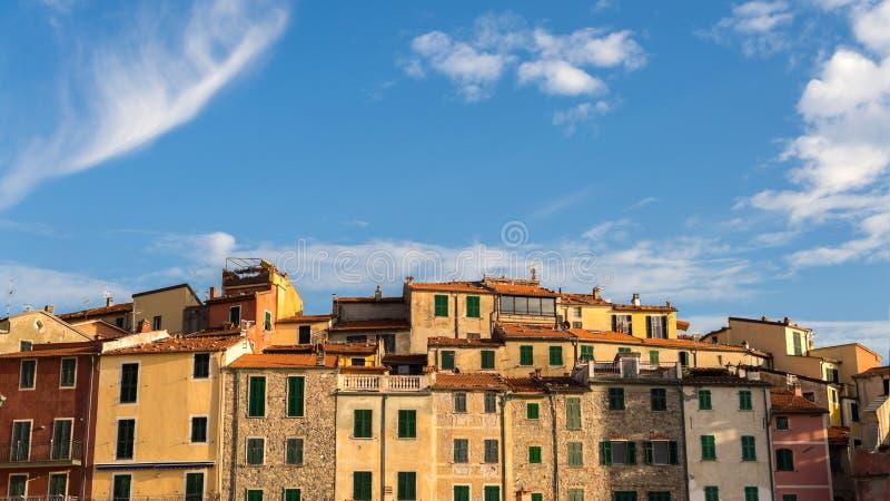 Взгляд приморской деревни Tellaro Lerici Италия стоковые изображения rf