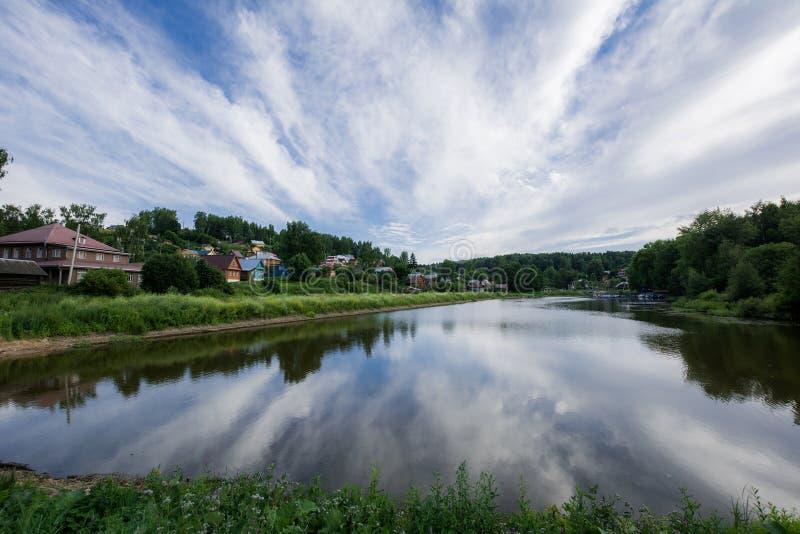 Взгляд природы старого русского города стоковая фотография