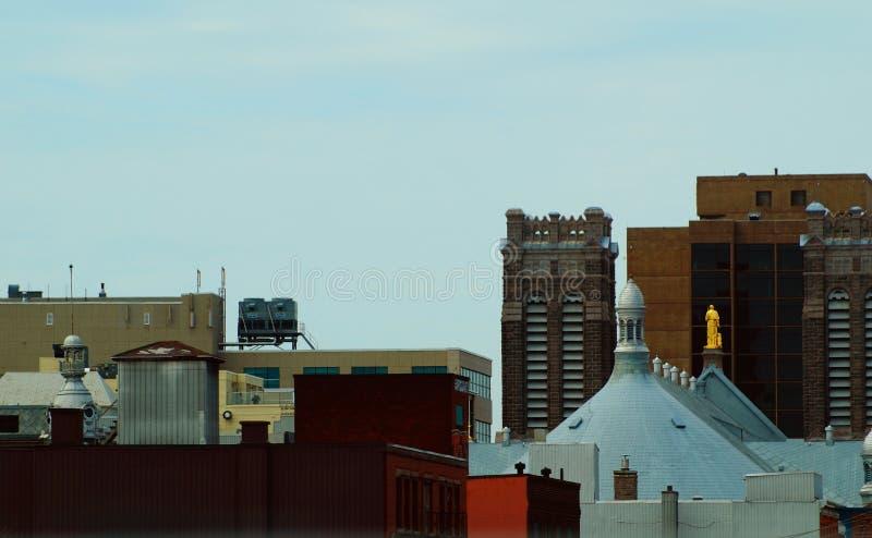 Взгляд птиц-глаза Монреаля, многоэтажные здания в городе стоковое фото