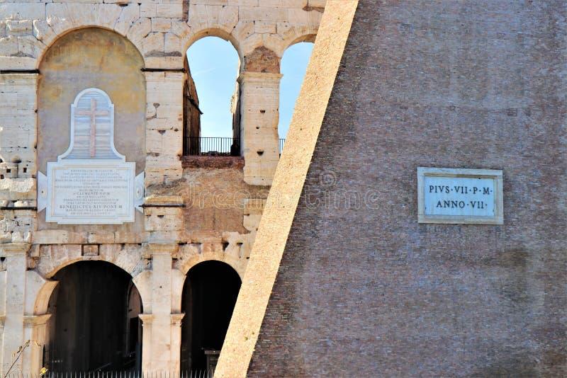 Взгляд Рима, Италии - Colosseum стоковое изображение
