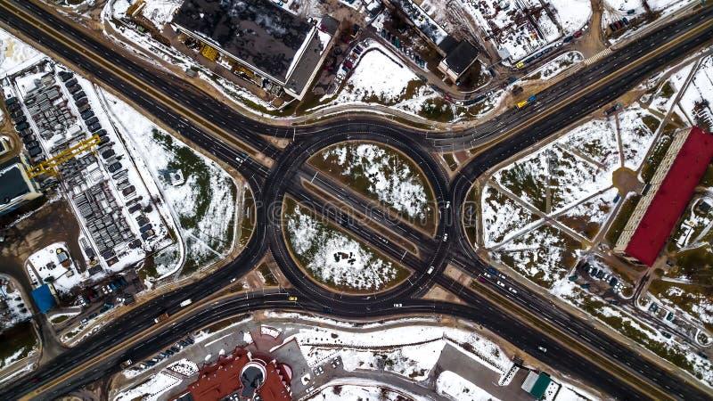 Взгляд сверху взаимообмена перехода Авиационная съемка стоковое фото rf