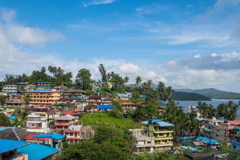 Взгляд сверху города Port Blair, малый городок острова в Юго-Восточной Азии стоковые фотографии rf